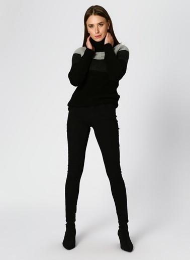 Vero Moda Vero Moda Balıkçı Yaka Gri-Siyah Denim Pantolon Siyah